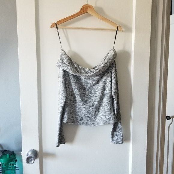Forever 21 Tops - Forever 21 OTS Top size M
